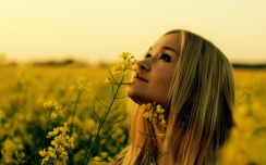 girl-in-flower-garden-wide